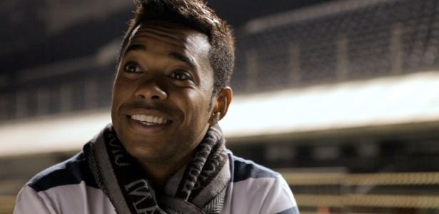 Filme sobre o centenáro do Santos teve depoimento de jogadores, como Robinho