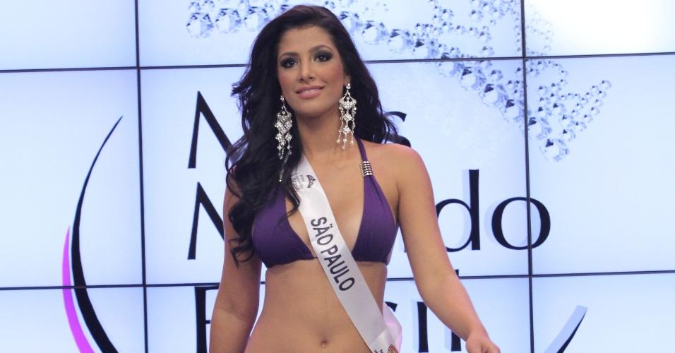 Miss Mundo São Paulo, Mariane Silvestre. Candidatas a Miss Mundo Brasil 2012 desfilam de biquini durante o concurso, em Porto Alegre