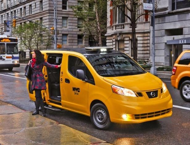 Nissan EV200 assume frota de táxis de Nova York prometendo comodidade e menor consumo