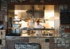 Comer fora em Amsterdã vai muito além do tradicional arenque - Herman Wouters/The New York Times