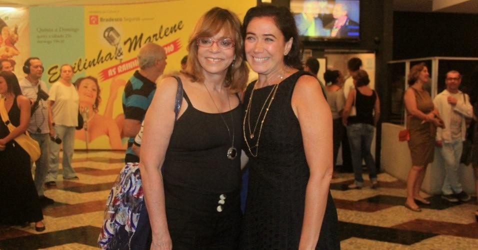 Glória Perez e Lília Cabral prestigiam a reestreia da peça