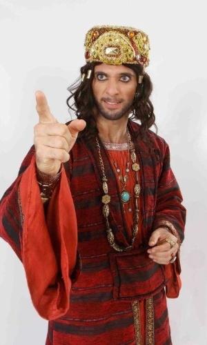 """Mouhammed Harfouch no papel do Rei Herodes na """"Paixão de Cristo"""" de Nova Jerusalém, em Pernambuco"""