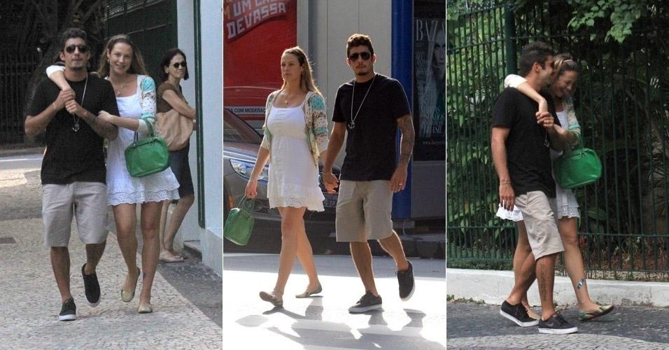 Após dar à luz ao seu primeiro filho, Dom, Luana Piovani passeia com o marido, Pedro Scooby, pelas ruas do Leblon, no Rio de Janeiro. O casal estava sorridente durante o passeio (6/4/12)