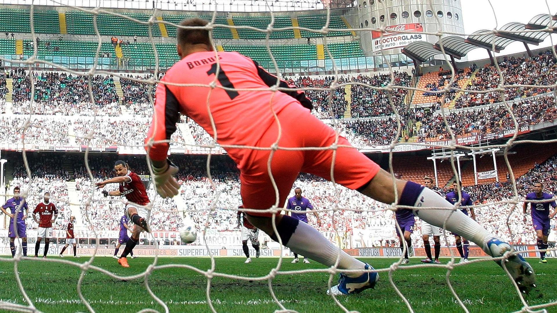 Ibrahimovic abriu o placar para o Milan diante da Fiorentina, mas equipe rossonera sofreu a virada