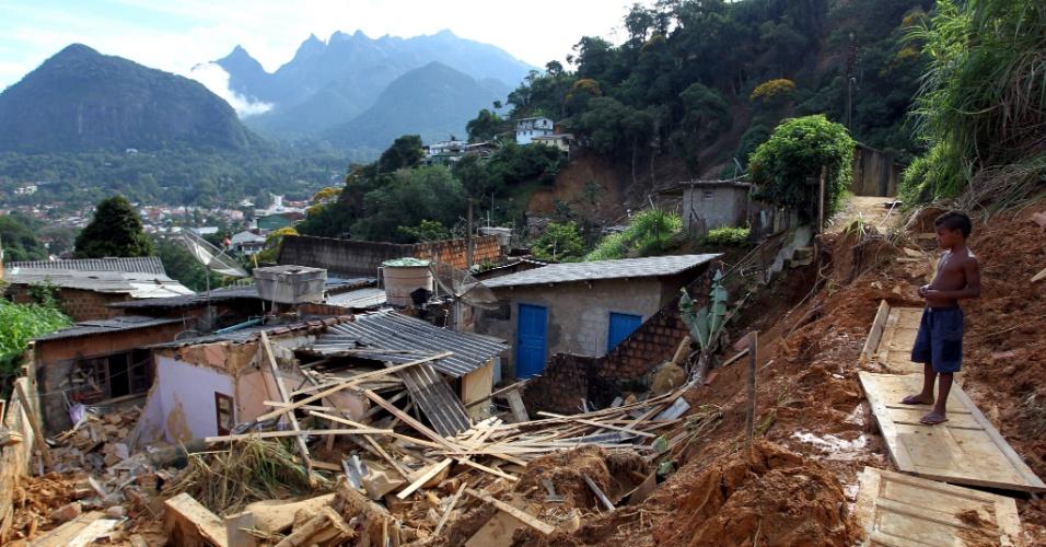 Forte chuva que atingiu o bairro de Santa Cecília em Teresópolis