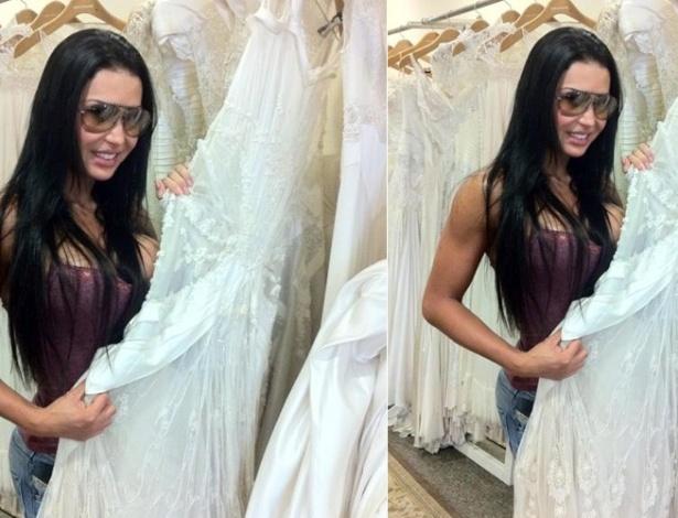 Gracyanne Barbosa postou uma foto no Twitter em que aparece escolhendo seu vestido de noiva (9/4/12)