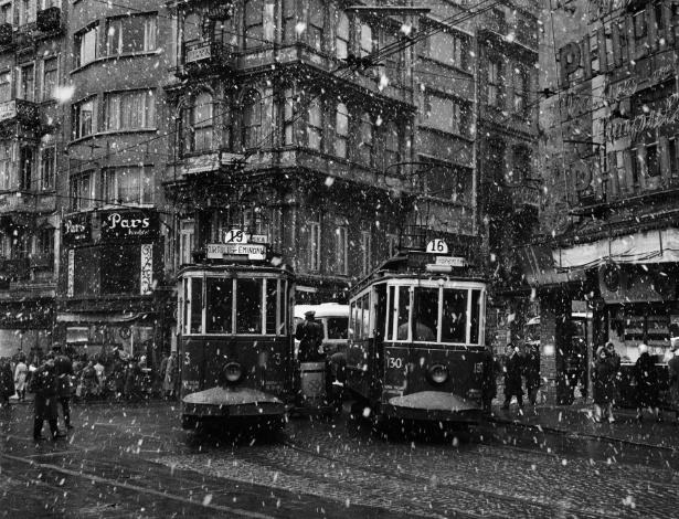 """Imagem do fotógrafo Ara Güler na exposição """"Istambul Agora"""" - Divulgação"""