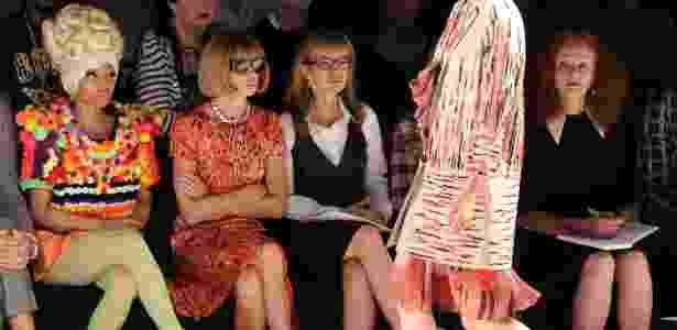 Nicki Minaj e Anna Wintour conferem na primeira fila desfile de Carolina Herrera, em setembro de 2011 - Mike Coppola/Getty Images