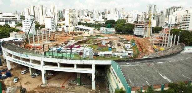 A Arena Palestra segue com trabalhos intensos para ser entregue em outubro de 2013