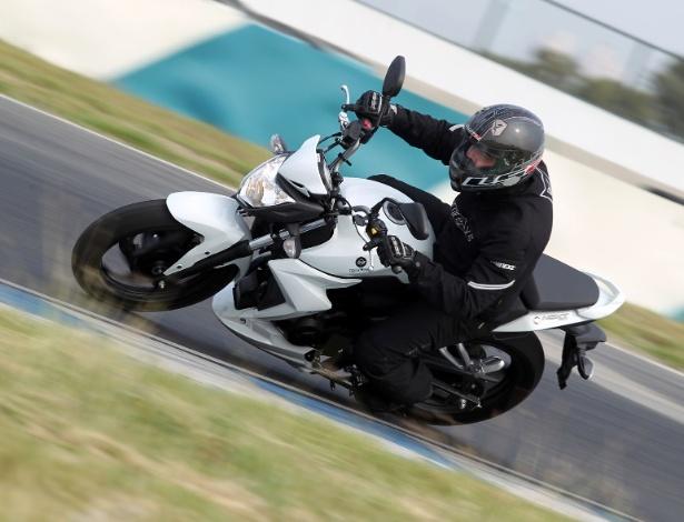 Dafra Next 250 vai disputar mercado com Honda CB 300R e Yamaha Fazer 250 - Zhung/Divulgação