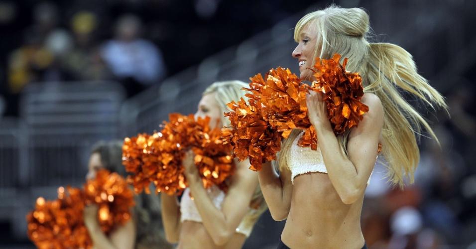 Equipe do Oklahoma State Cowboys também conta com um excelente time de cheerleaders
