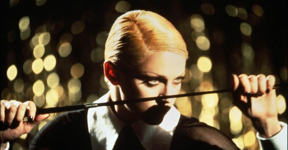 """Madonna em cena de """"Erotica"""" (1992)"""