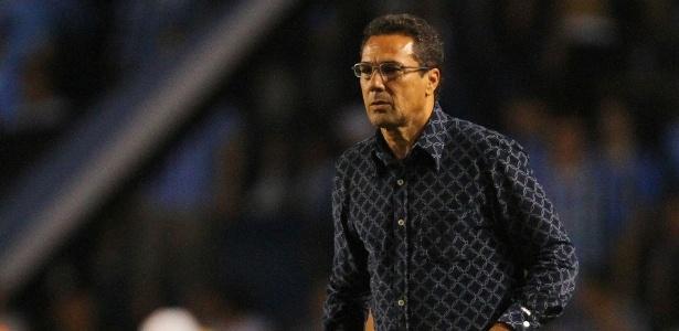 Vanderlei Luxemburgo acredita que dificuldade irá aumentar na sequência da Copa BR - Lucas Uebel/Divulgação Grêmio