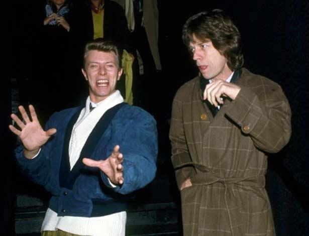 David Bowie e Mick Jagger em fotografia tirada em 1985 por Ron Galella