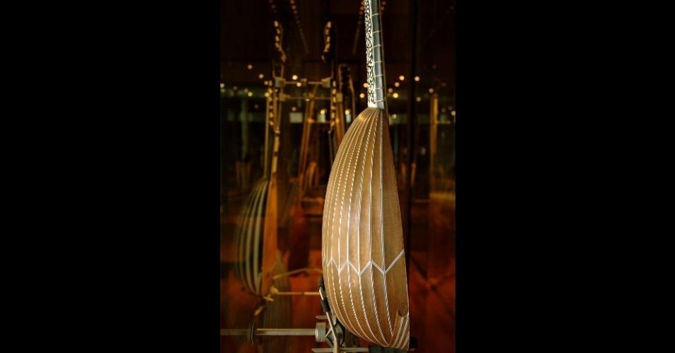 Este bandolim milanês de, aproximadamente, 1652 é um dos instrumentos que fazem parte do acervo do Museu da Música