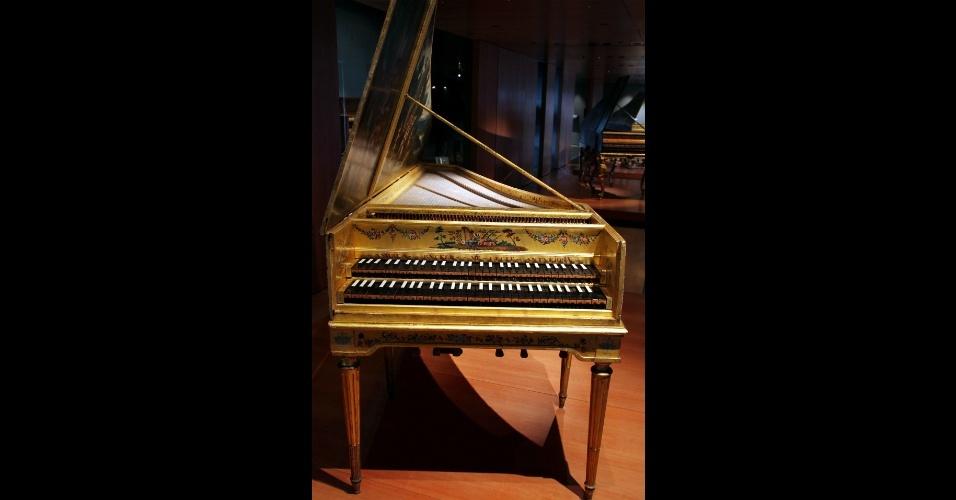 Este cravo de 1646 é uma das peças expostas no Museu da Música, em Paris