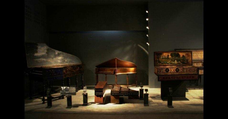 """Localizado em Paris, o Museu da Música (""""Musée de la Musique"""", em francês) percorre os últimos quatrocentos anos da história da música ocidental, desde o século 17 até as últimas décadas do século passado, a partir de instrumentos musicais e objetos de época"""