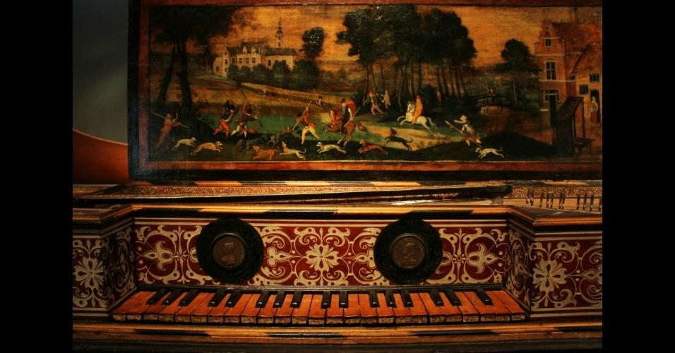 Localizado em Paris, o Museu da Música percorre a história da música ocidental desde o século 17 até as últimas décadas do século passado a partir de instrumentos musicais e objetos de época
