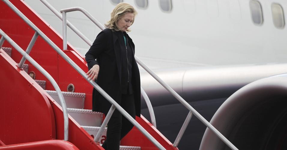 A secretária de Estado norte-americana, Hillary Clinton, desembarca em Cartagena, na Colômbia, onde será realizada a Cúpula das Américas