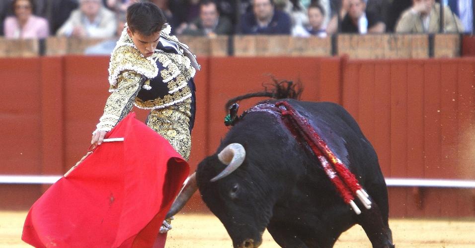 """Gonzalo Caballero participa nesta sexta-feira (13) de novilhada (corrida de novilhos) na """"Feria de Abril"""", celebrada em Sevilha, na Espanha"""