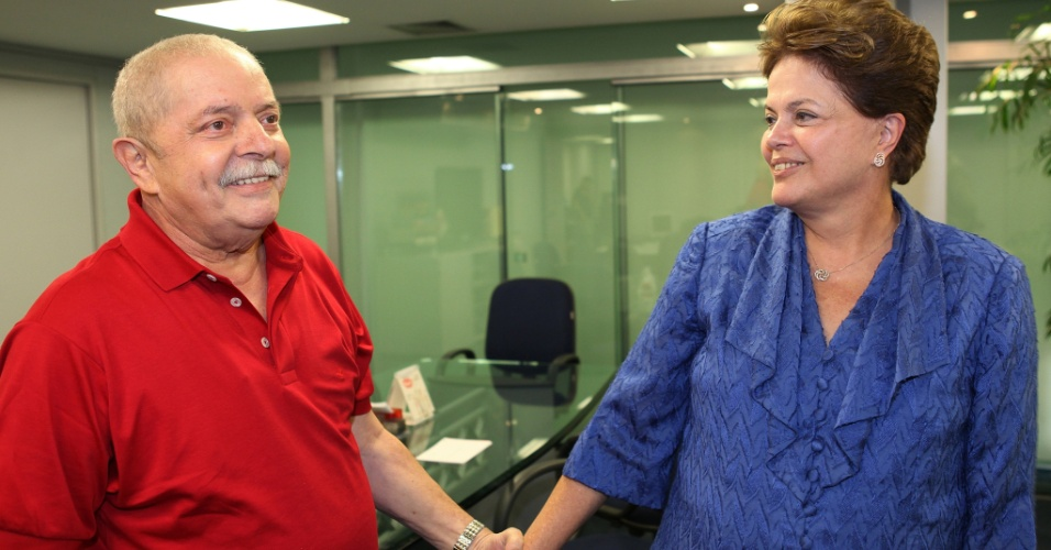 O ex-presidente Luiz Inácio Lula da Silva encontrou-se hoje com a presidente Dilma Rousseff no escritório da Presidência da República em São Paulo. O encontro ocorreu entre as 15h e as 17h40.