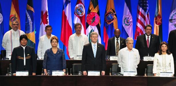 Presidentes e primeiros-ministros de países participantes da Cúpula das Américas em Cartagena, em abril