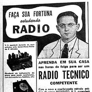 Anúncio de curso por correspondência de rádio técnico com duração de 25 semanas