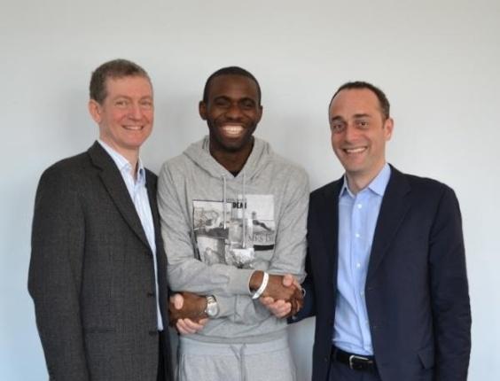 Fabrice Muamba recebe alta de hospital (16/04/12)