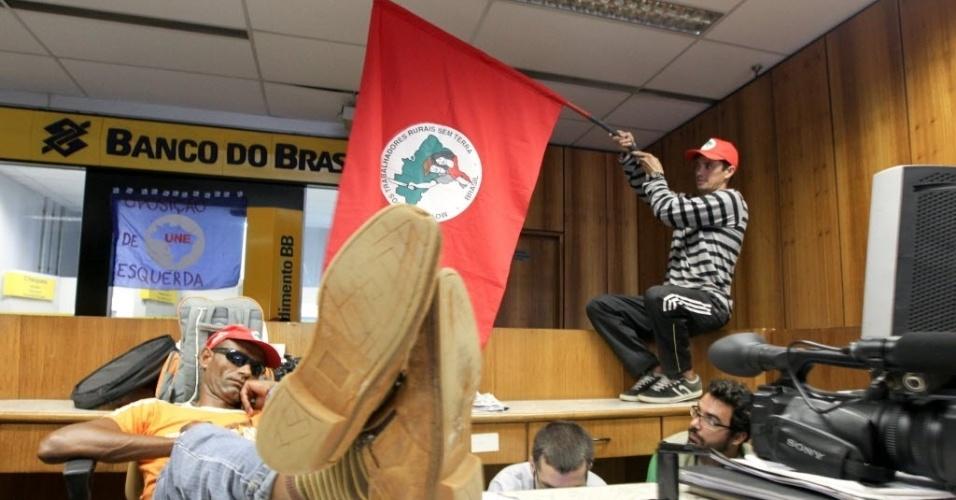 Movimento Abril Vermelho do MST (Movimento dos Trabalhadores Rurais Sem Terra) invade o Ministério do Desenvolvimento Social, na Esplanada dos Ministerios, em Brasília