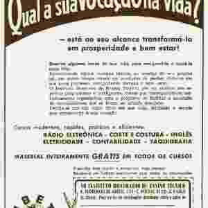 O Instituto Brasileiro de Ensino Técnico também oferecia cursos de taquigrafia e de inglês na década de 1940 - Instituto Monitor