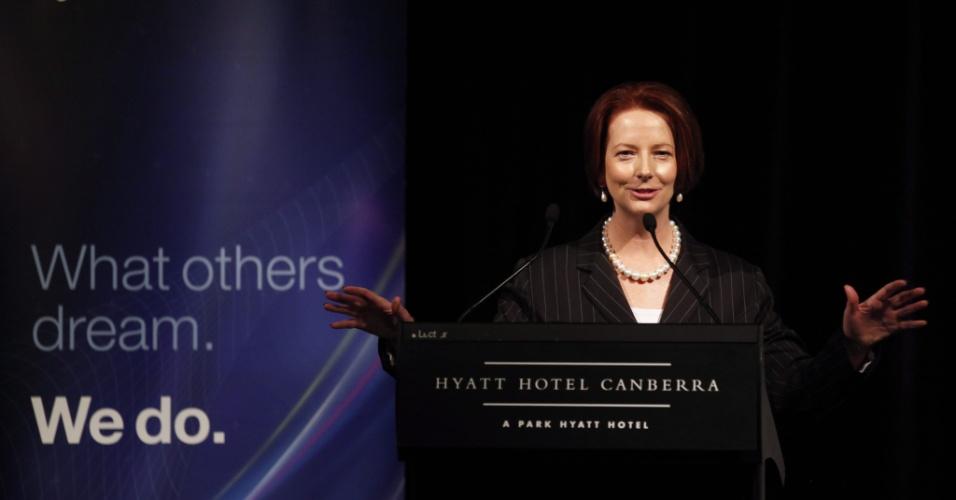A premiê da Austrália, Julia Gillard, anuncia em Canberra que a maior parte das tropas do país sairão do Afeganistão e que a retirada será total no final de 2013, um ano antes do prazo acordado com as forças de segurança da Otan