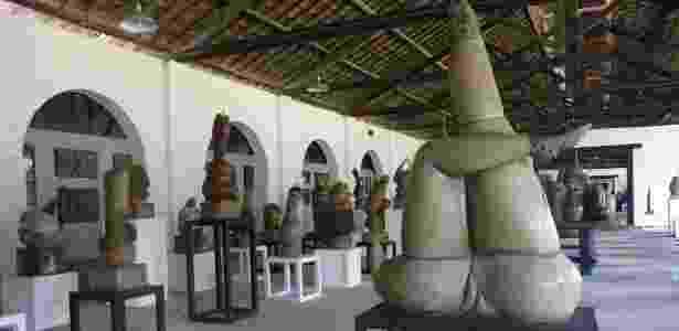 Coleção de esculturas, pinturas e cerâmicas do artista Francisco Brennand, em Recife (17/4/12) - EFE