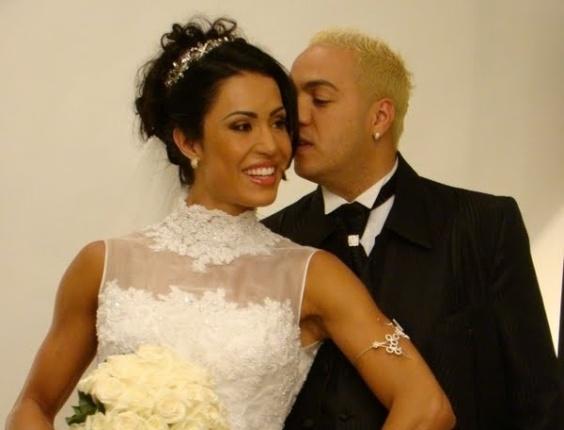 Gracyanne e Belo Belo se vestem de noivos para editorial de casamento (2011)