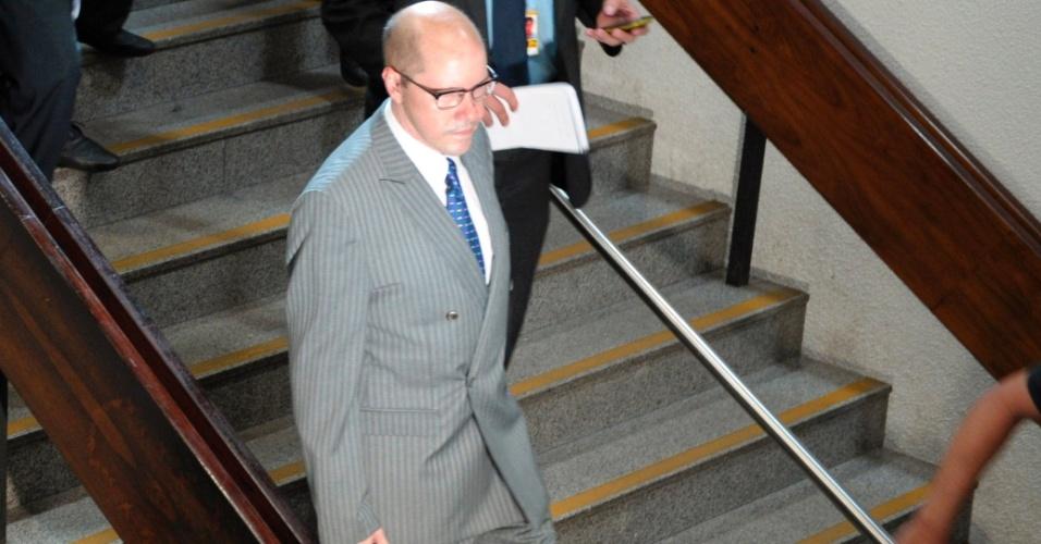 Senador Demóstenes Torres (sem partido-GO), que enfrenta um processo por quebra de decoro parlamentar no Conselho de Ética, chega ao Senado