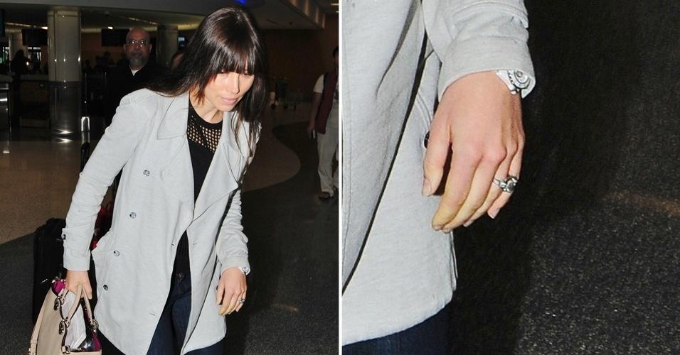 Após idas e vindas do namoro, finalmente Justin Timberlake resolveu dar o próximo passo com Jessica Biel. Gigantesco, o anel de noivado de platina tem um estilo vintage e leva um imenso diamante no centro