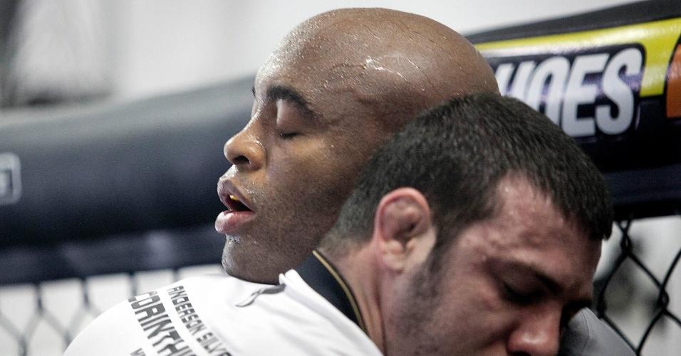 Anderson durante primeira sessão de treinamento aberto no Parque São Jorge