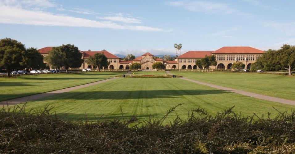 Entrada principal da Universidade de Stanford
