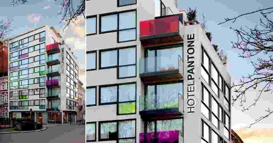 Fachada do Pantone Hotel, na capital da Bélgica, que tem projeto do designer de interiores Michel Penneman e do arquiteto Olivier Hannaert. Algumas cores da paleta desenvolvida pela empresa homônima podem ser observadas nas sacadas e vidraças - Sven Laurent / Divulgação Pantone Hotel