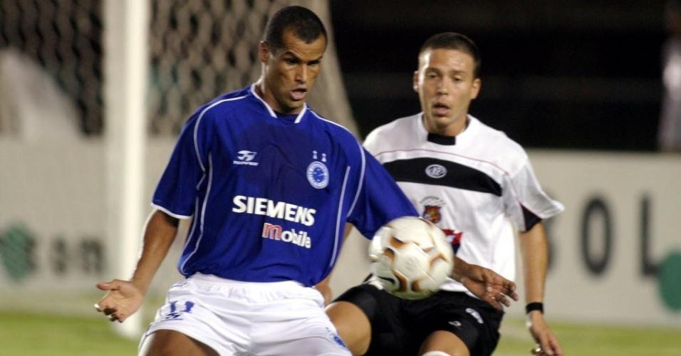 Rivaldo, no Cruzeiro, em 2004