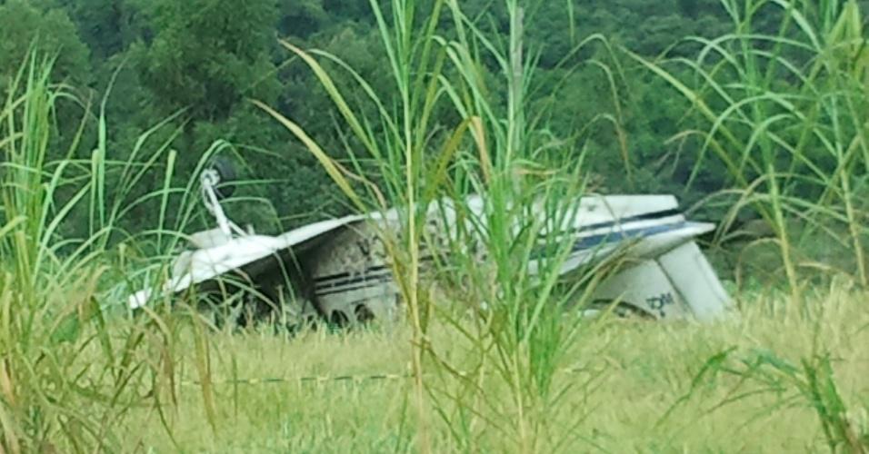 A queda de um avião de pequeno porte na tarde desta sexta-feira (20) na Vila Alvorada, na cidade de Jundiaí (58 km de São Paulo), deixou duas vítimas.