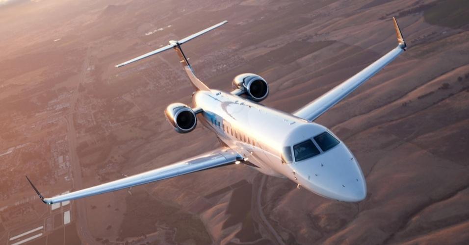 Avião executivo Legacy 650, produzido pela Embraer