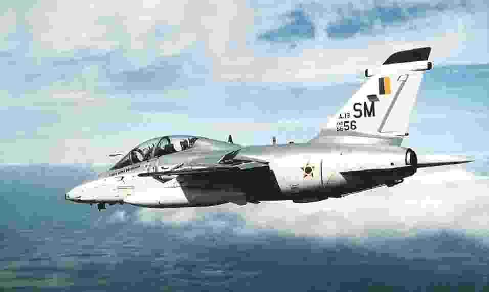 Avião militar AMX, fabricado pela Embraer - Divulgação