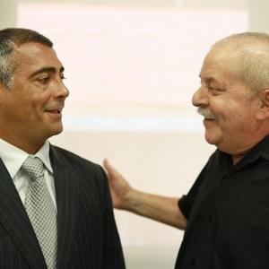 Deputado federal Romário visita Lula no hospital