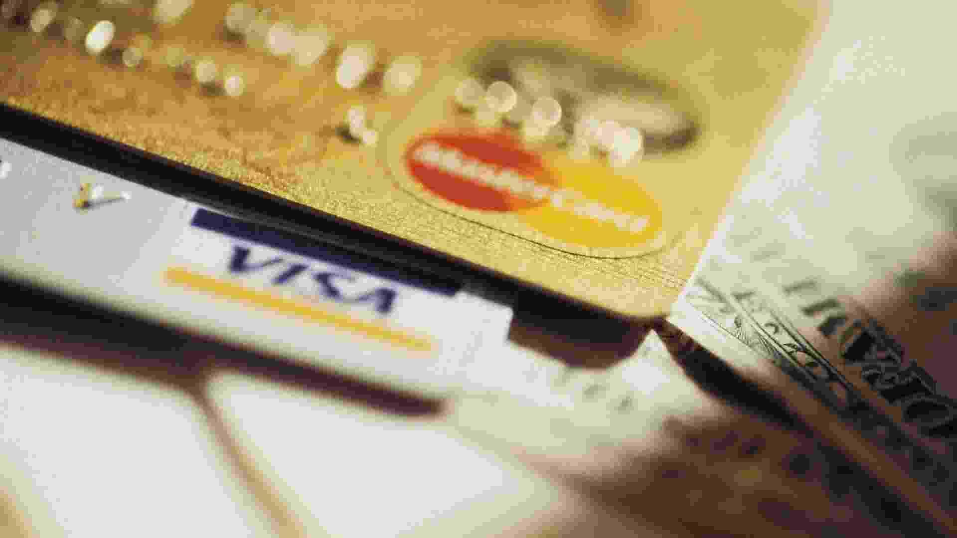 Excel: saiba quanto adicionar ao valor à vista para não ter prejuízo em vendas no cartão  - Think Stock