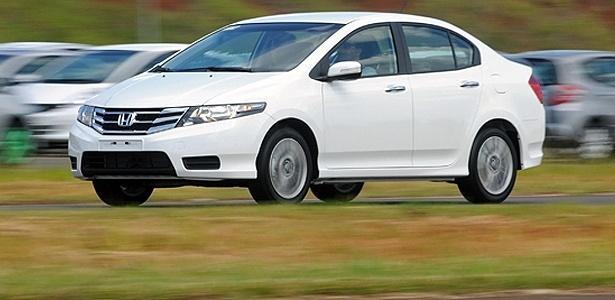 Honda City 2013: mudanças mínimas num carro de trajetória vencedora no Brasil - Murilo Góes/UOL