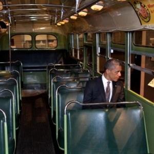 Imagem postada no microblog Twitter por um funcionário da Casa Branca mostra o presidente dos EUA, Barack Obama
