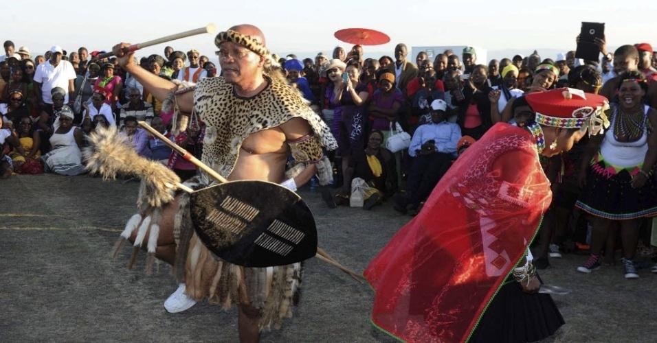Jacob Zuma, presidente da África do Sul, se casa com sexta mulher