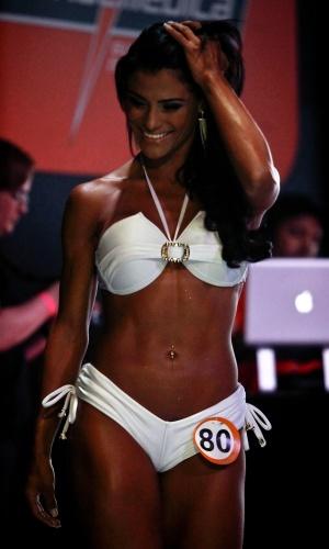 Mais fotos da Garota Fitness Brasil 2012, Marissol, de frente