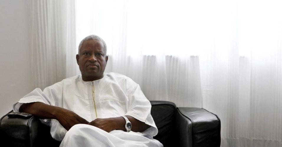 Manuel Serifo Nhamadjo, recém-nomeado presidente do governo de Guiné-Bissau. Após um golpe de estado no dia 12 de abril, militares golpistas e partidos políticos firmaram um acordo e escolheram Nhamadjo para comandar um governo de transição