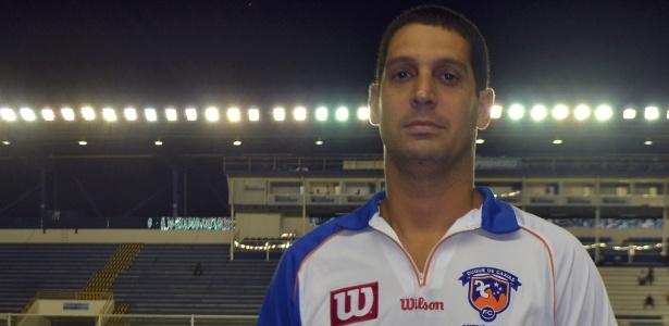 O ex-goleiro Eduardo Allax foi o autor do gol anulado do Bangu na semifinal de 2002 - Divulgação
